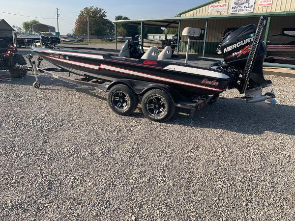 2013 BASS CAT BOATS Cougar Advantage Eltie
