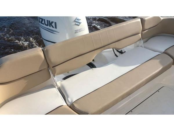2021 Pioneer boat for sale, model of the boat is Islander 222 & Image # 7 of 9