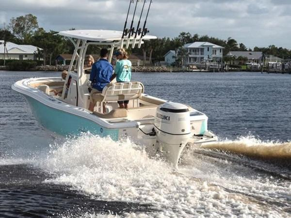 2021 Pioneer boat for sale, model of the boat is Islander 222 & Image # 8 of 9