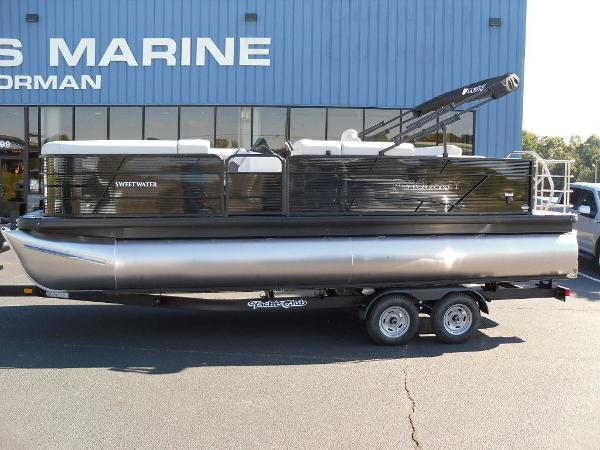 2021 Godfrey Pontoon boat for sale, model of the boat is SW 2286 SFL GTP 27 in. & Image # 1 of 25