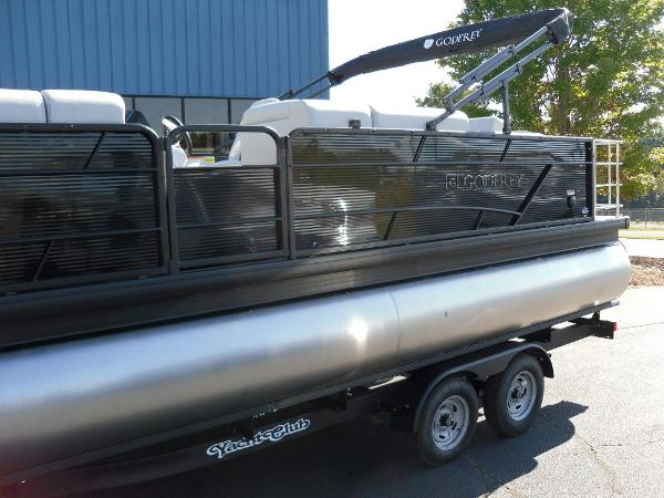2021 Godfrey Pontoon boat for sale, model of the boat is SW 2286 SFL GTP 27 in. & Image # 7 of 25