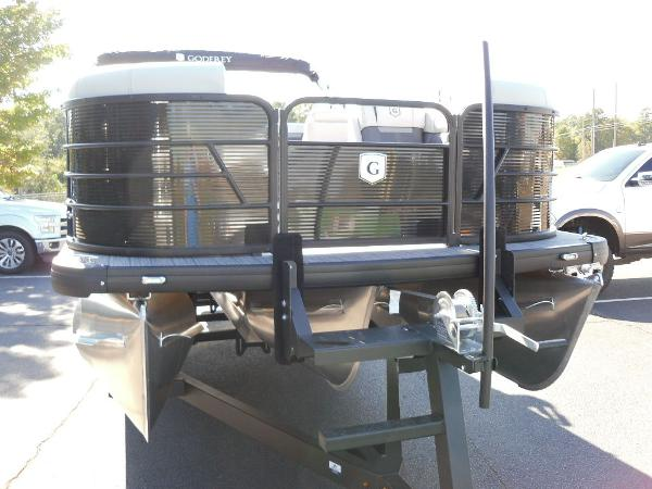 2021 Godfrey Pontoon boat for sale, model of the boat is SW 2286 SFL GTP 27 in. & Image # 9 of 25