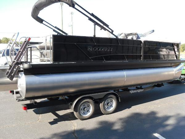 2021 Godfrey Pontoon boat for sale, model of the boat is SW 2286 SFL GTP 27 in. & Image # 11 of 25