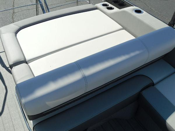 2021 Godfrey Pontoon boat for sale, model of the boat is SW 2286 SFL GTP 27 in. & Image # 18 of 25