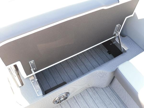 2021 Godfrey Pontoon boat for sale, model of the boat is SW 2286 SFL GTP 27 in. & Image # 19 of 25