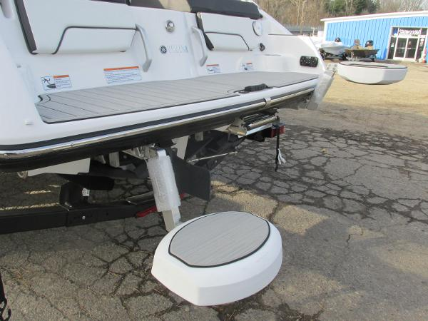 2021 Yamaha boat for sale, model of the boat is 252SD & Image # 46 of 50