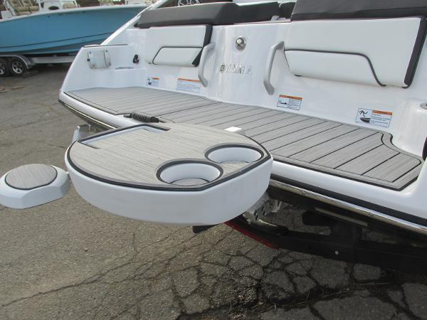2021 Yamaha boat for sale, model of the boat is 252SD & Image # 47 of 50