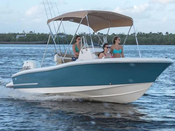 2021 Pioneer boat for sale, model of the boat is ISLANDER 202 & Image # 2 of 5