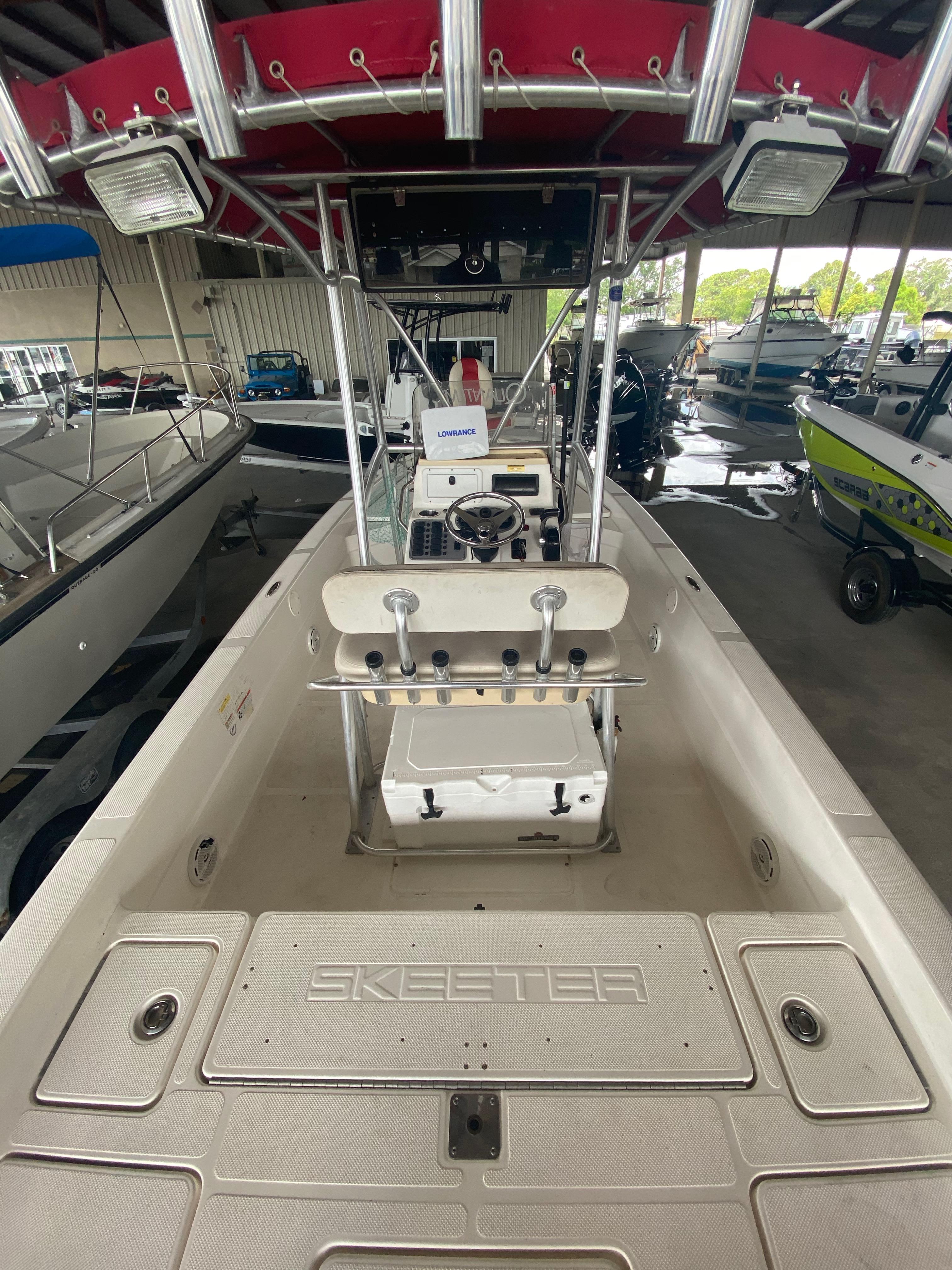2010 Skeeter boat for sale, model of the boat is ZX24V & Image # 5 of 16