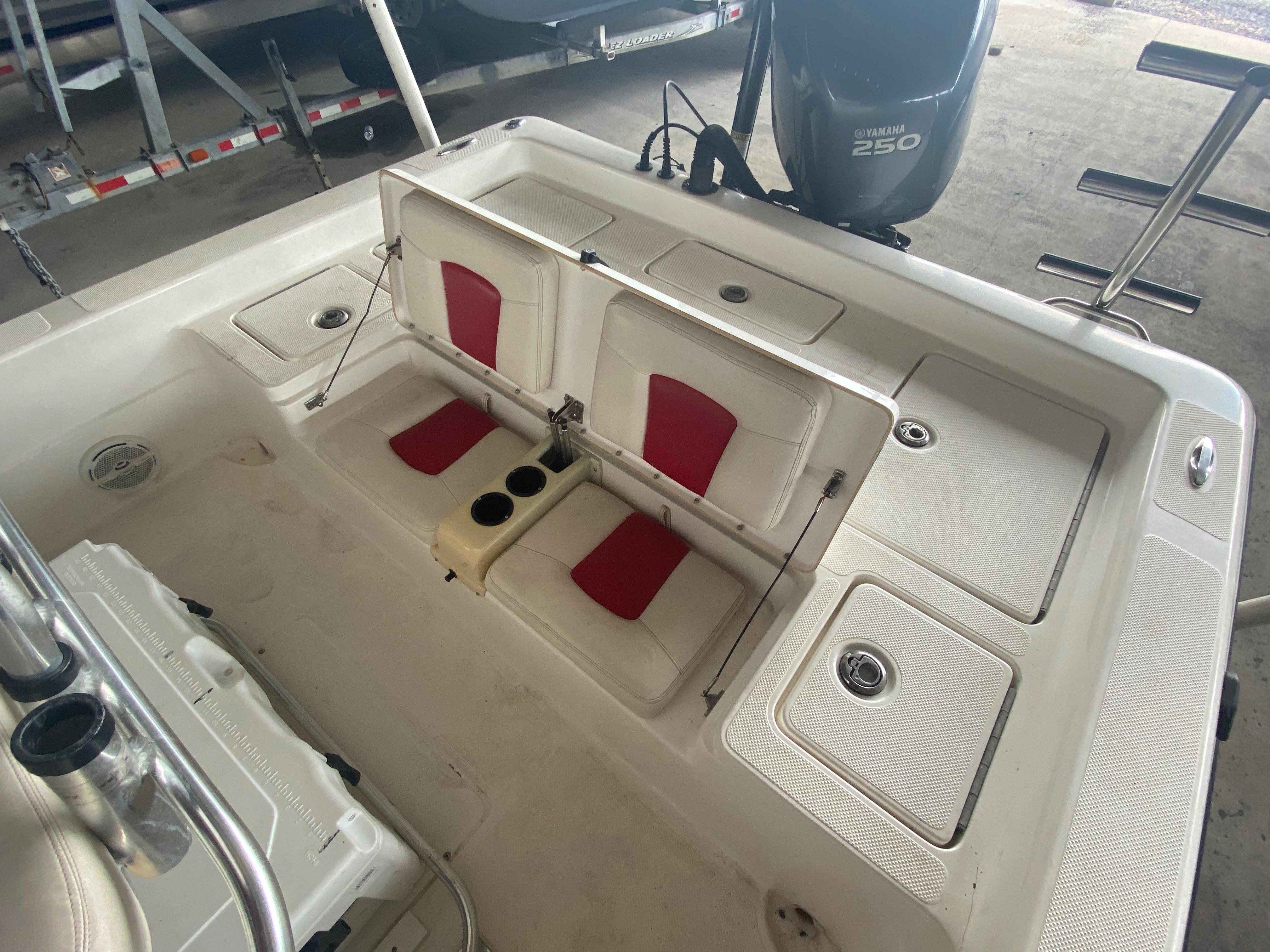 2010 Skeeter boat for sale, model of the boat is ZX24V & Image # 6 of 16