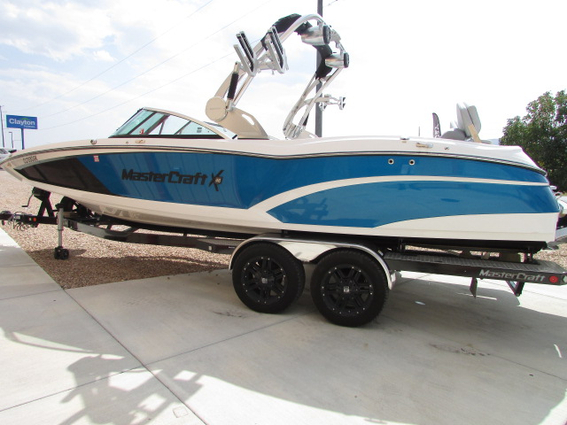 2017 Mastercraft boat for sale, model of the boat is X46 & Image # 10 of 15
