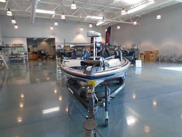 2021 Nitro boat for sale, model of the boat is Z19 & Image # 3 of 9