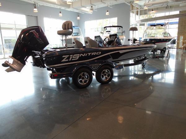 2021 Nitro boat for sale, model of the boat is Z19 & Image # 8 of 9