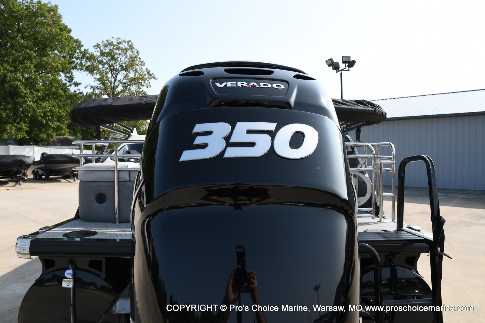 2021 Regency boat for sale, model of the boat is 250 LE3 Sport w/350HP Verado & Image # 15 of 50