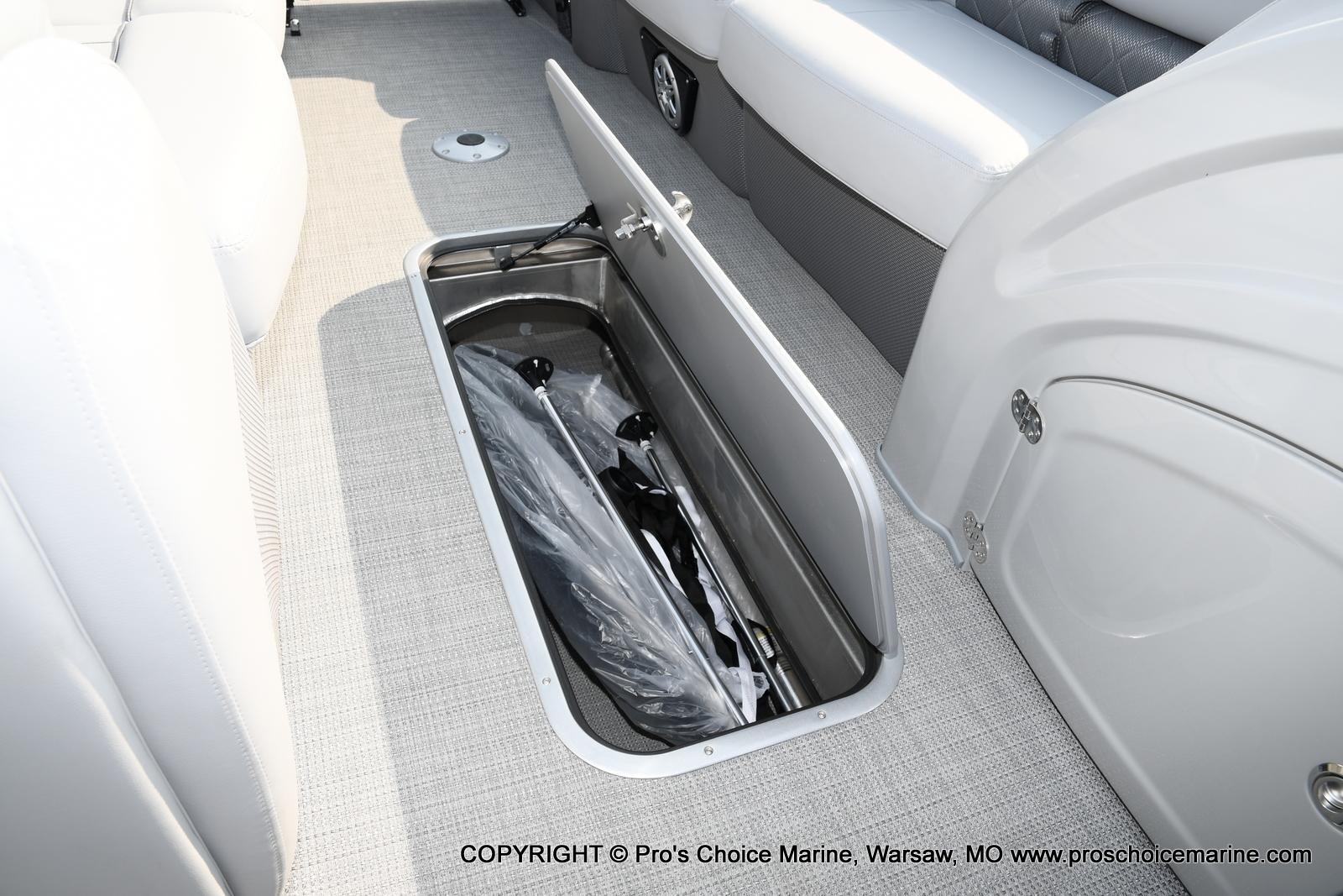 2021 Regency boat for sale, model of the boat is 250 LE3 Sport w/350HP Verado & Image # 42 of 50