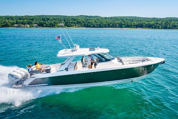 2023 Tiara Yachts 43 LS