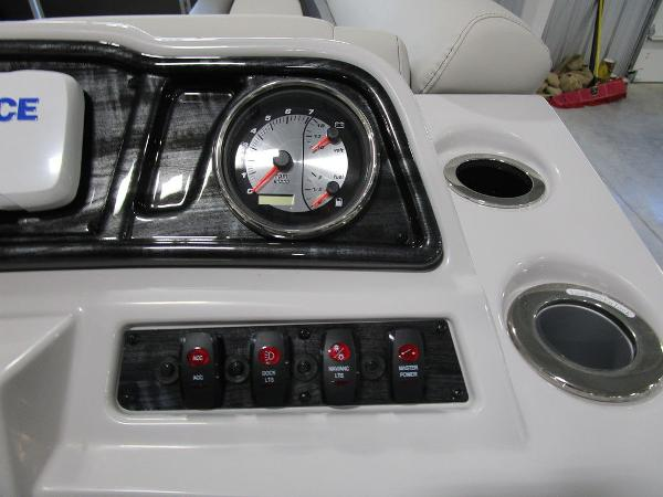 2021 Godfrey Pontoon boat for sale, model of the boat is SW 2286 SFL & Image # 28 of 46