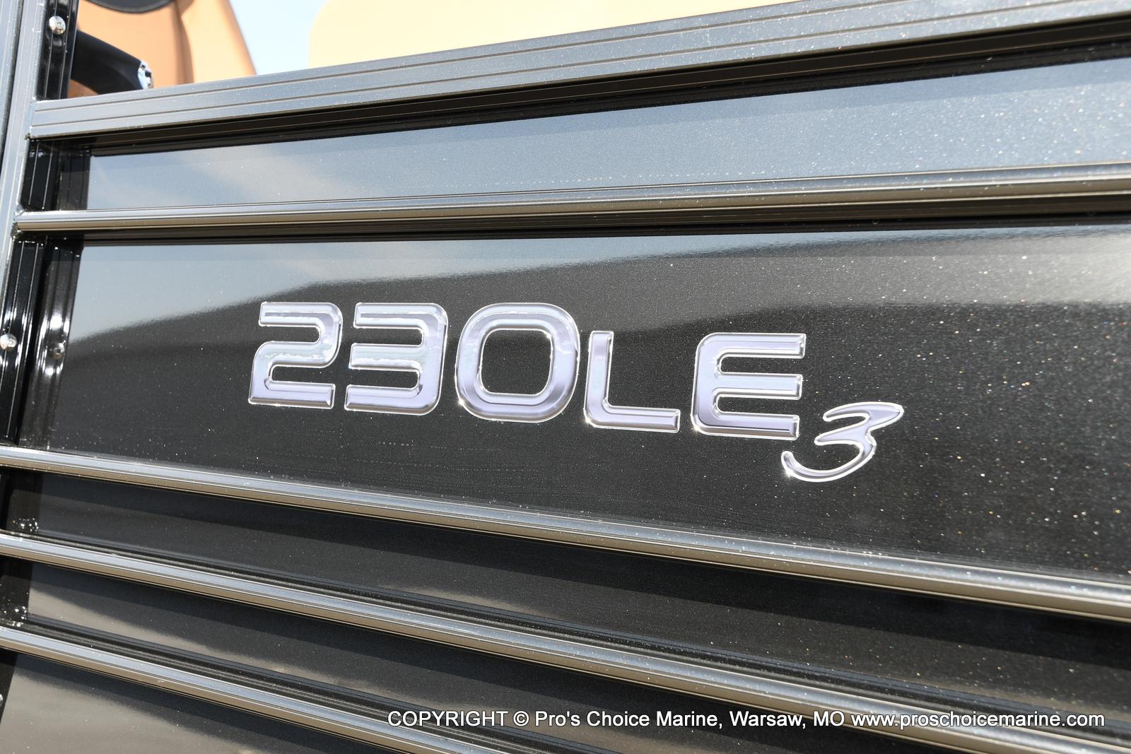 2021 Regency boat for sale, model of the boat is 230 LE3 Sport w/250HP Mercury Verado & Image # 20 of 50