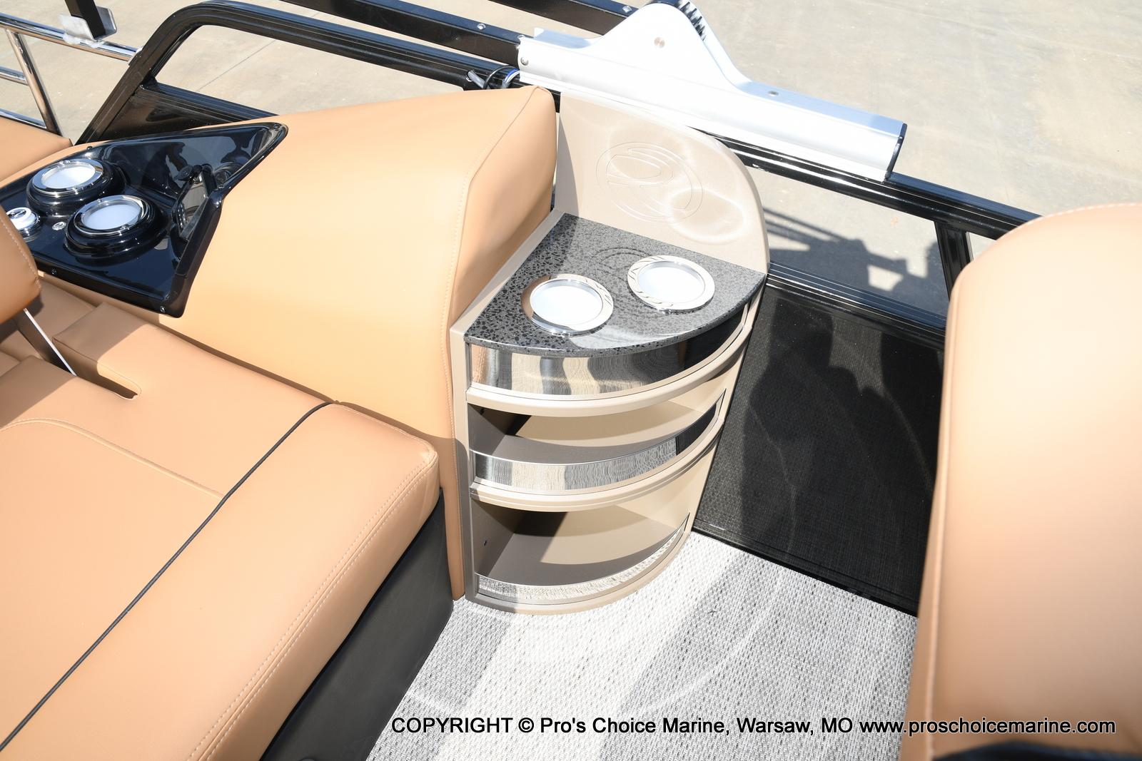 2021 Regency boat for sale, model of the boat is 230 LE3 Sport w/250HP Mercury Verado & Image # 31 of 50