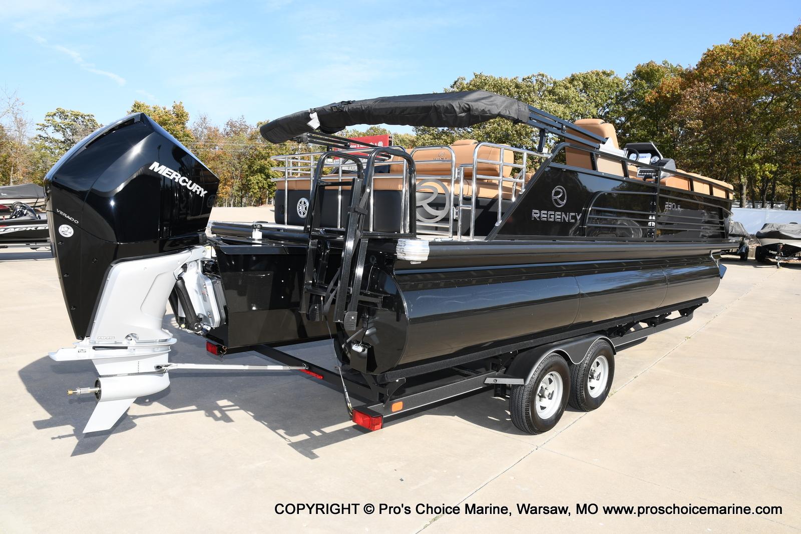 2021 Regency boat for sale, model of the boat is 230 LE3 Sport w/250HP Mercury Verado & Image # 48 of 50