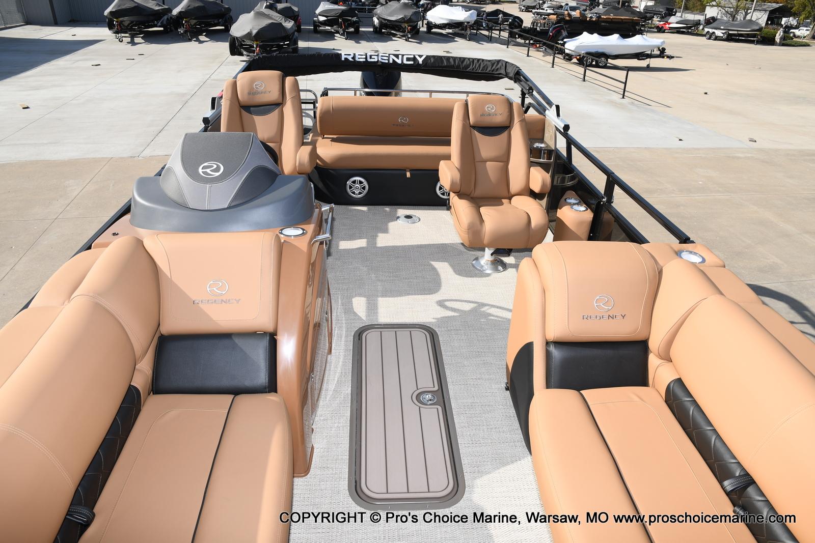 2021 Regency boat for sale, model of the boat is 230 LE3 Sport w/250HP Mercury Verado & Image # 50 of 50