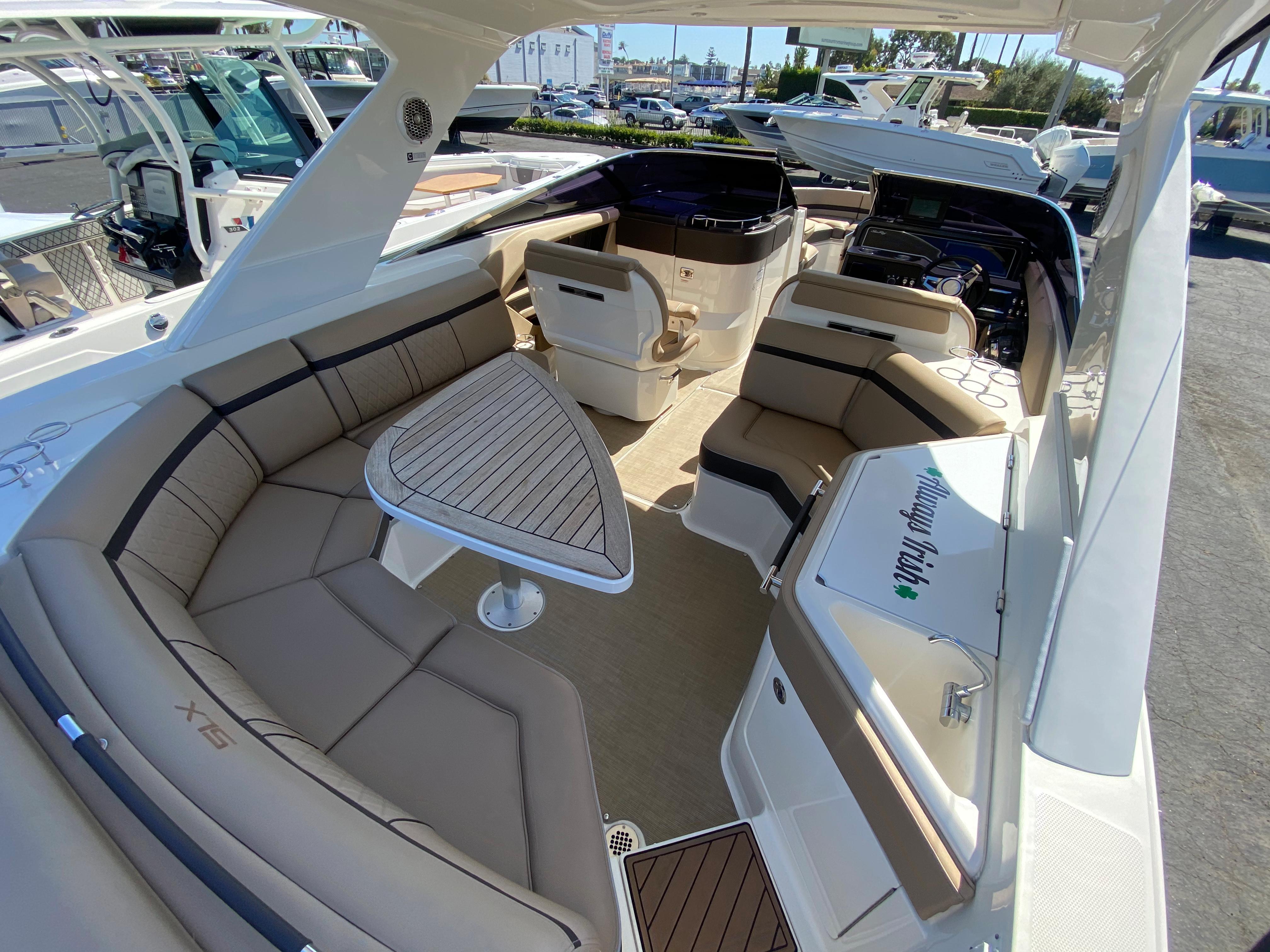 2016 Sea Ray 310 SLX #T3422D inventory image at Sun Country Coastal in Newport Beach