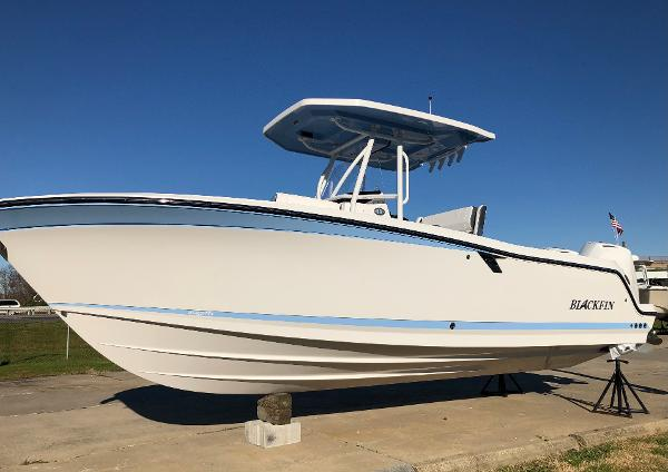 2021 Blackfin 252 Center Console