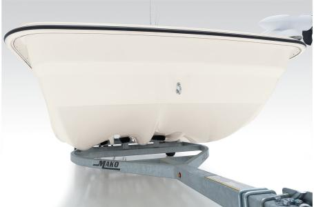2021 Mako boat for sale, model of the boat is Pro Skiff 17 CC & Image # 29 of 33
