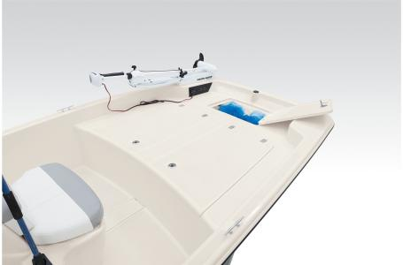 2021 Mako boat for sale, model of the boat is Pro Skiff 17 CC & Image # 8 of 33
