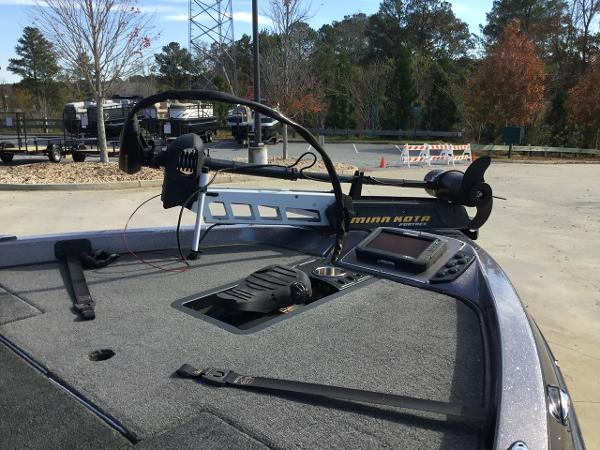 2016 Ranger Boats boat for sale, model of the boat is Z519 & Image # 4 of 10