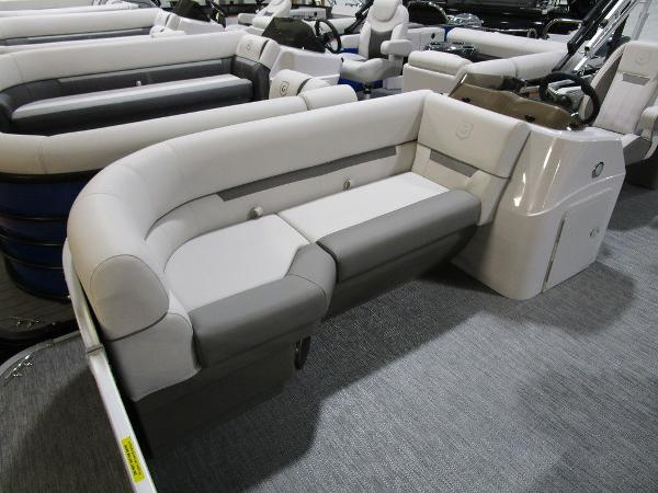 2021 Godfrey Pontoon boat for sale, model of the boat is SW 2286 SBX Sport Tube 27 in. & Image # 5 of 33