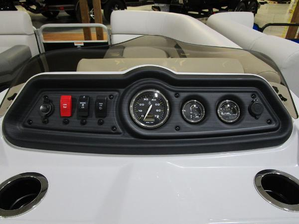 2021 Godfrey Pontoon boat for sale, model of the boat is SW 2286 SBX Sport Tube 27 in. & Image # 8 of 33
