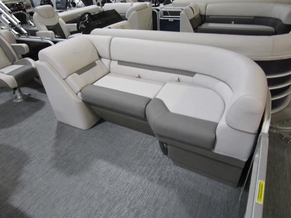 2021 Godfrey Pontoon boat for sale, model of the boat is SW 2286 SBX Sport Tube 27 in. & Image # 27 of 33