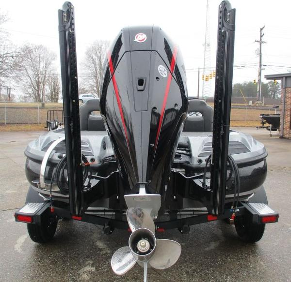 2021 Nitro boat for sale, model of the boat is Z20 Pro & Image # 7 of 13
