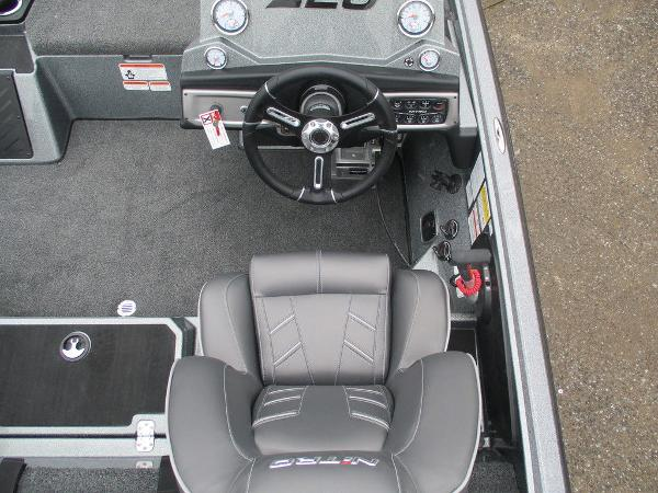 2021 Nitro boat for sale, model of the boat is Z20 Pro & Image # 12 of 13