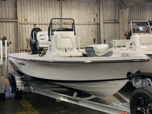 2021 Blue Wave boat for sale, model of the boat is 2200PUREBAY & Image # 1 of 13