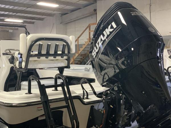 2021 Blue Wave boat for sale, model of the boat is 2200PUREBAY & Image # 3 of 13