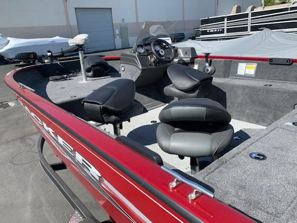 2020 Tracker Boats boat for sale, model of the boat is Pro Guide V-175 SC & Image # 5 of 70