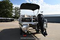2021 Sun Tracker boat for sale, model of the boat is Bass Buggy 18 DLX & Image # 11 of 46