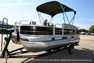 2021 Sun Tracker boat for sale, model of the boat is Bass Buggy 18 DLX & Image # 17 of 46
