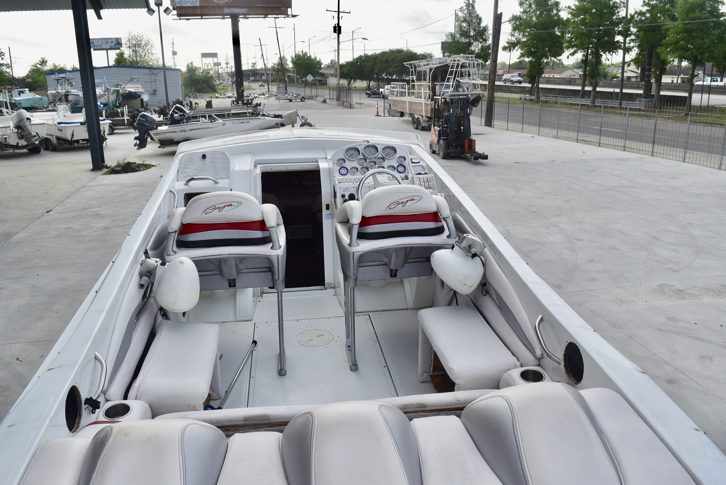 2001 Baja boat for sale, model of the boat is 36 & Image # 5 of 8