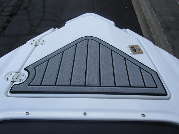 2021 Monterey boat for sale, model of the boat is 258SS & Image # 34 of 38
