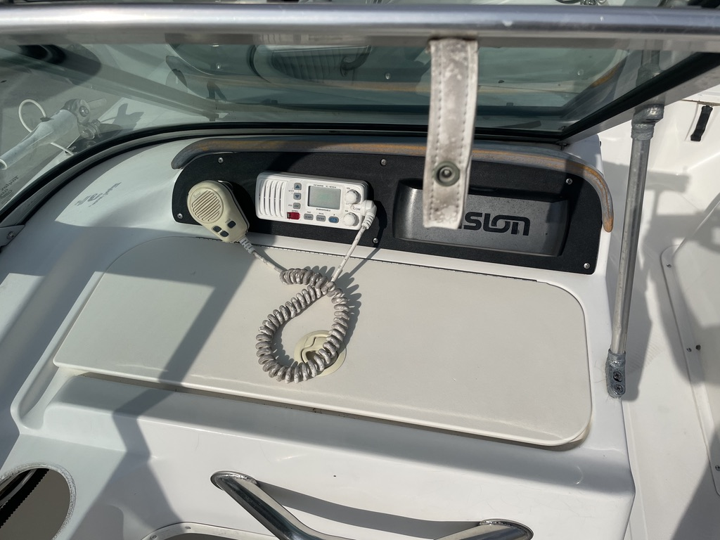 2000 Boston Whaler boat for sale, model of the boat is 180 & Image # 13 of 21