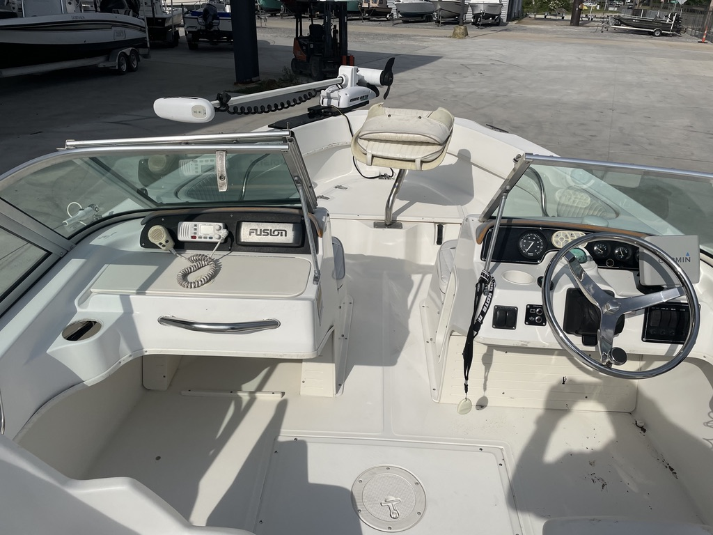 2000 Boston Whaler boat for sale, model of the boat is 180 & Image # 18 of 21