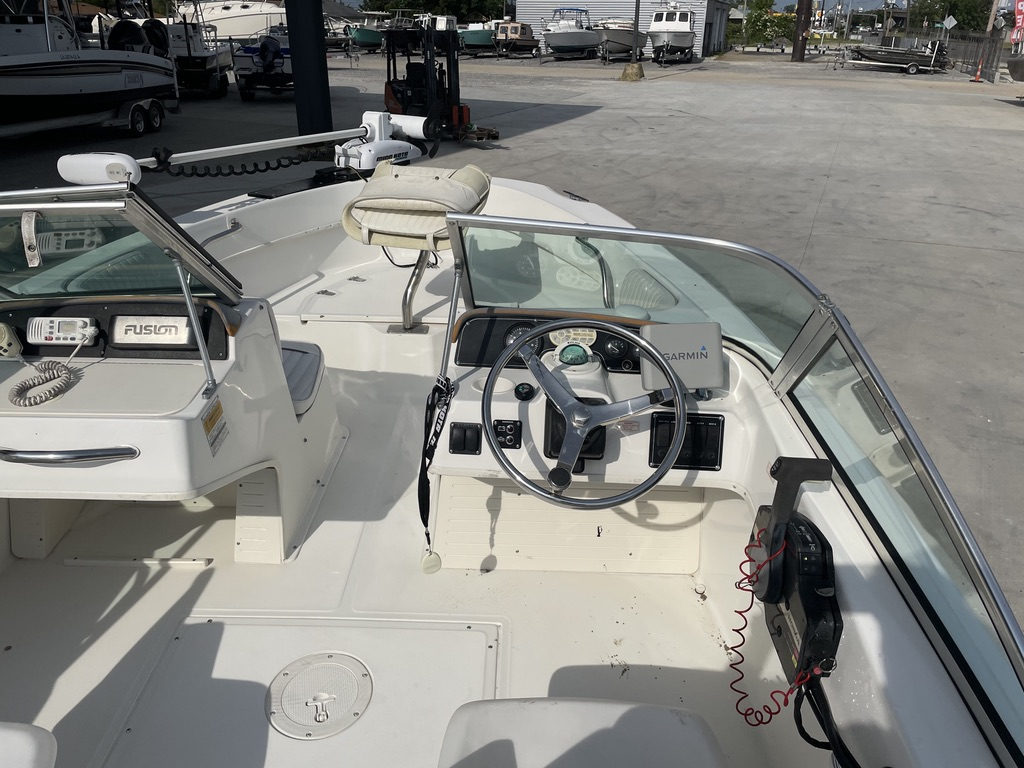 2000 Boston Whaler boat for sale, model of the boat is 180 & Image # 20 of 21