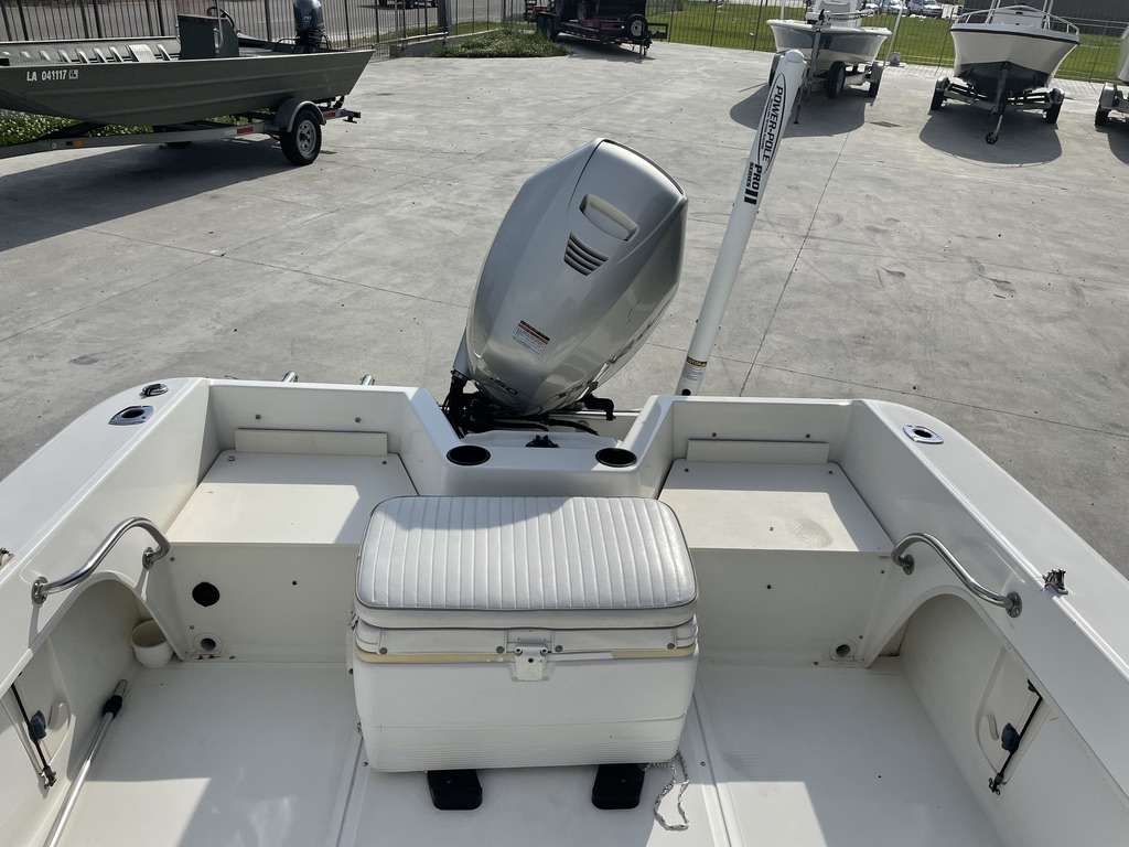 2000 Boston Whaler boat for sale, model of the boat is 180 & Image # 5 of 21