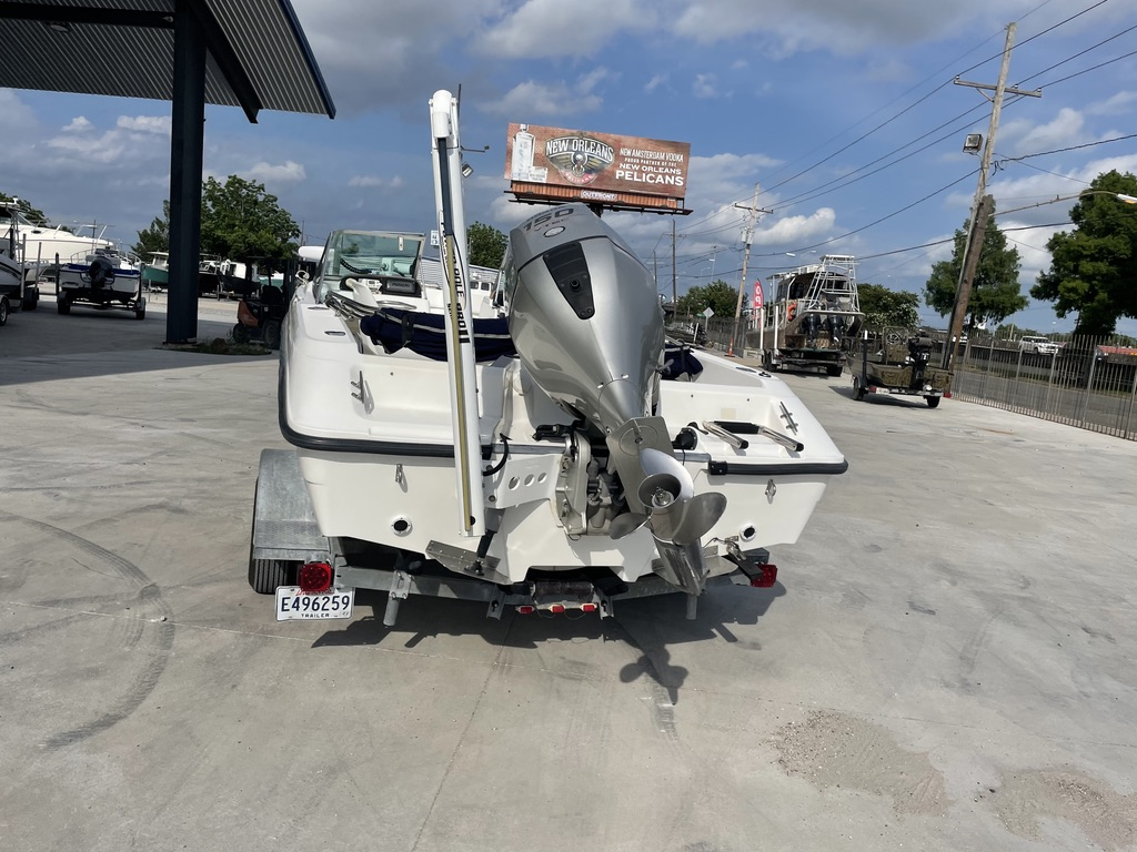 2000 Boston Whaler boat for sale, model of the boat is 180 & Image # 8 of 21