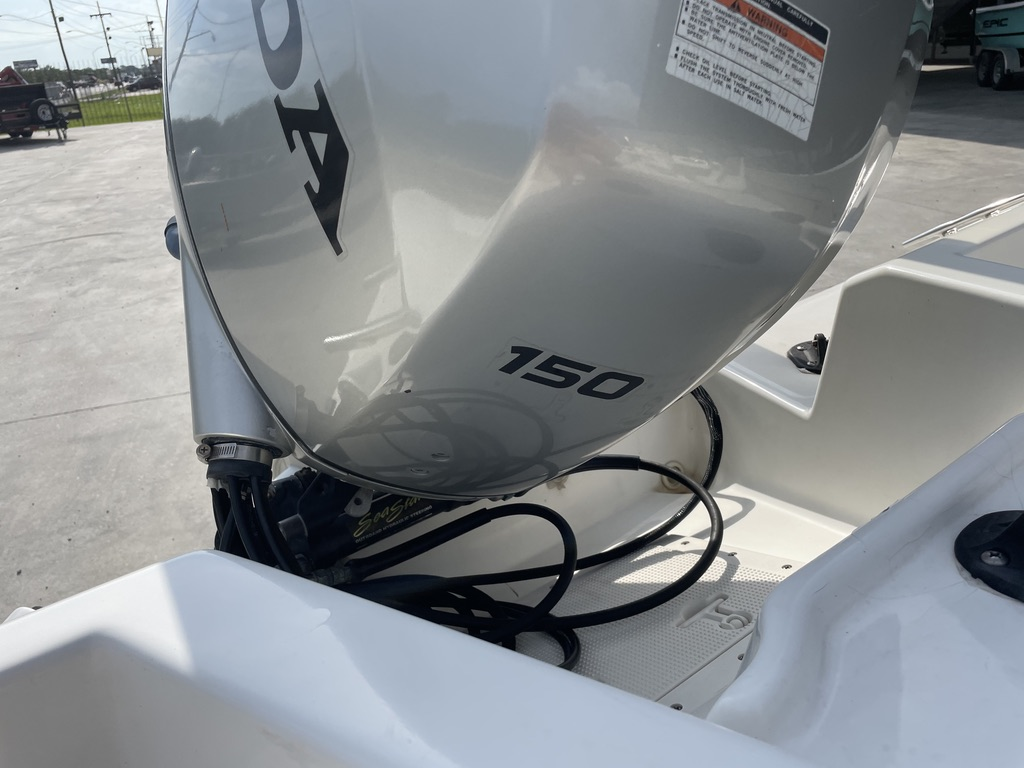 2000 Boston Whaler boat for sale, model of the boat is 180 & Image # 9 of 21