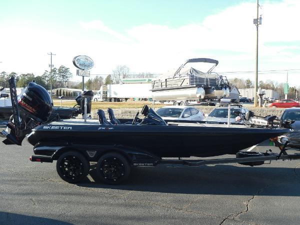 2021 Skeeter boat for sale, model of the boat is FXR20 Apex & Image # 2 of 35