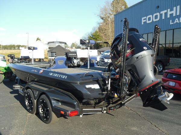 2021 Skeeter boat for sale, model of the boat is FXR20 Apex & Image # 7 of 35